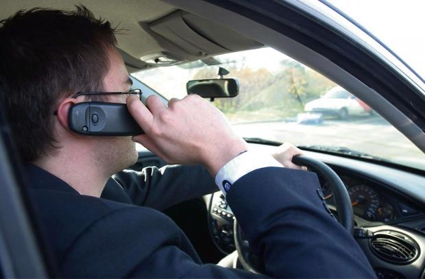 Mobile phone road safety campaign gains online momentum
