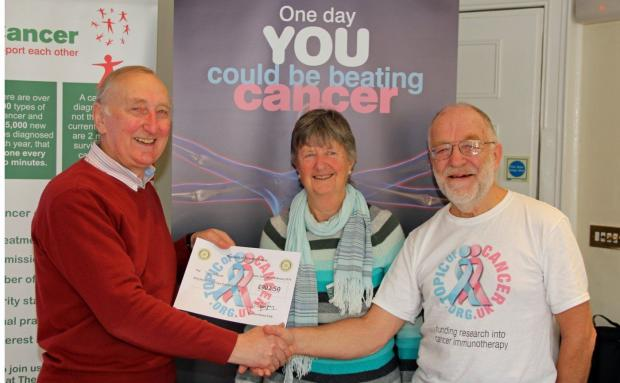 Rotary Club support cancer charity