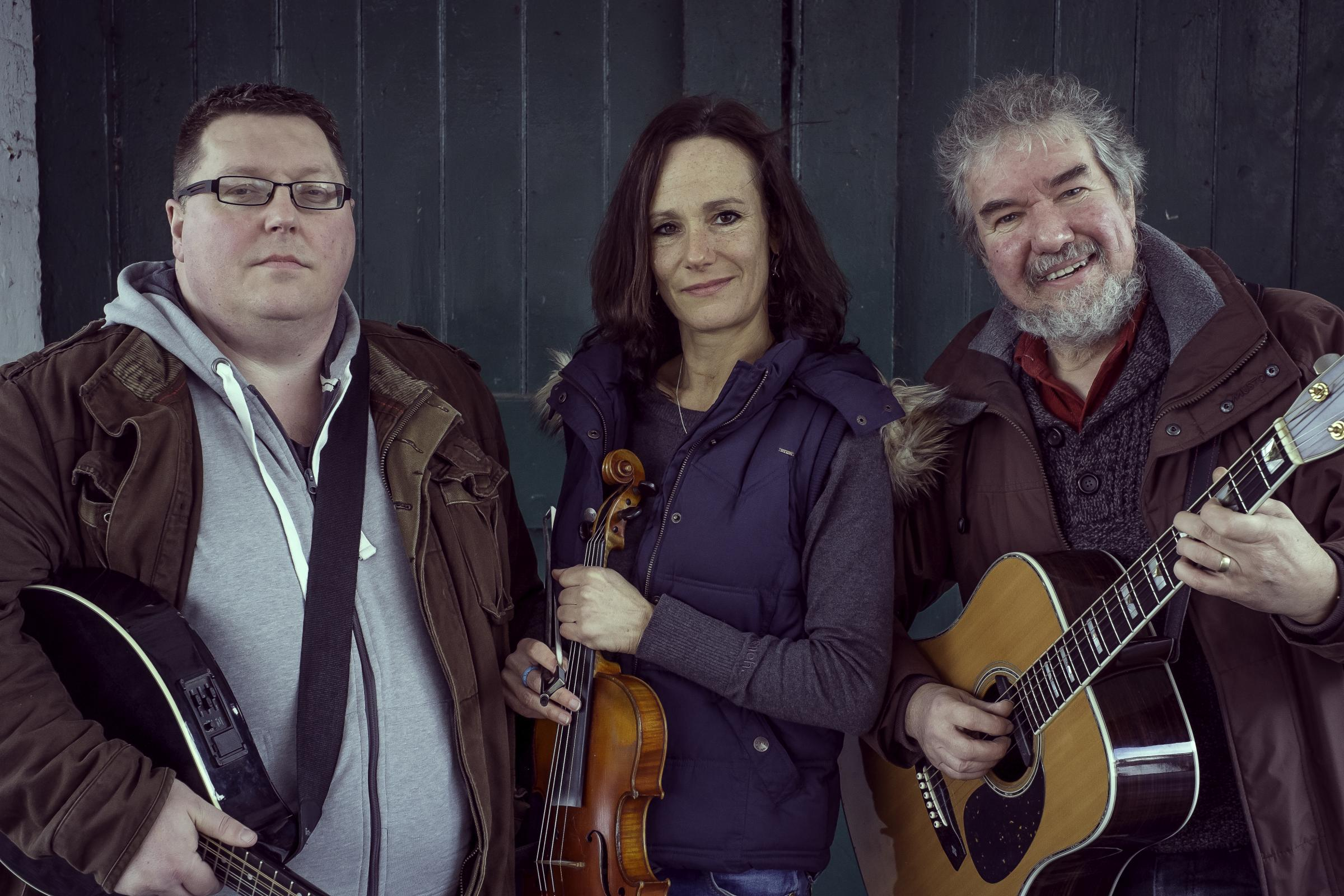 Trio to visit Bradninch Folk Club