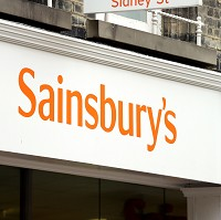 Sainsbury's in price pledge battle