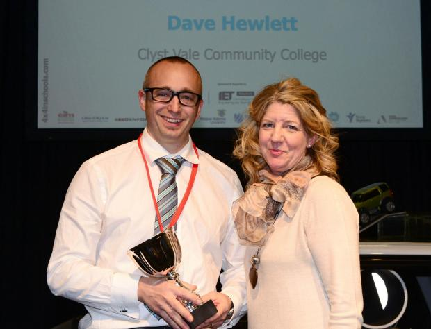 TEACHER FROM LAND ROVER 4X4 IN SCHOOLS NATIONAL CHAMPIONS SCHOOL RECOGNISED WITH AWARD