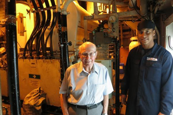 Veteran World War II Royal Navy sailor visits Plymouth warship