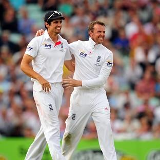 Graeme Swann, right, does not believe Alastair Cook is